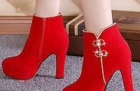 韩版加绒婚鞋冬季婚靴女红色高跟粗跟新娘鞋