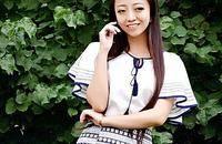 中国风服饰:如青花瓷般绽放的女性魅力