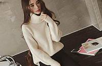 温暖高领毛衣,更显优雅女人味