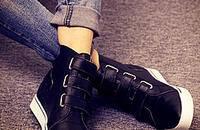 一双休闲的高帮鞋,美美的过寒冬
