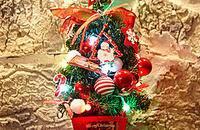圣诞节就要临近,圣诞礼物已献上