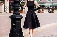 一条小黑裙走一夏!