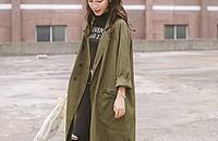 帅气军绿色风衣,穿出女人味