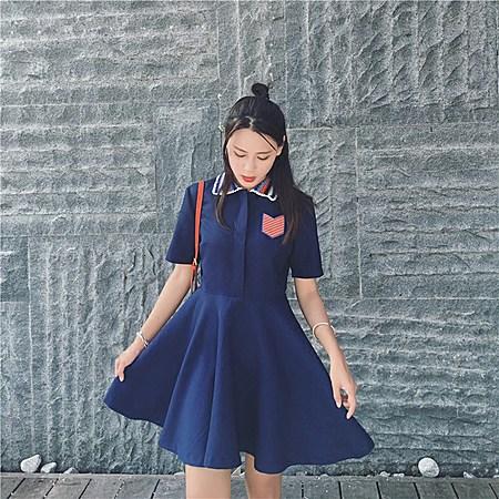 针织翻领高腰短袖连衣裙娃娃裙
