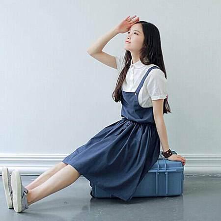森女系文艺棉麻连衣裙