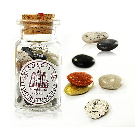 玻璃瓶装石子形什锦软糖果