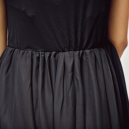 无袖背心纯色不规则长款裙子