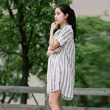 亚麻中长款条纹棉麻连衣裙
