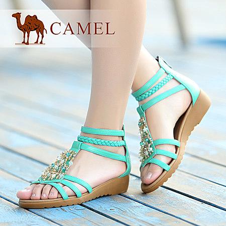 Camel骆驼新款波西米亚甜美真皮露趾低坡跟女鞋