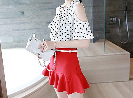 新款韩范露肩波点系带显瘦短袖雪纺衫女