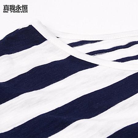 不规则条纹宽松T恤