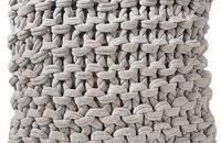 手工腈纶针织抱枕
