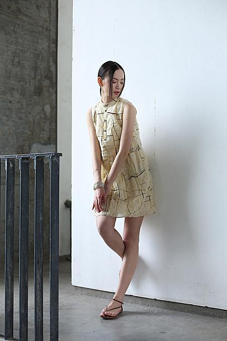 文艺范宽松印花连衣裙