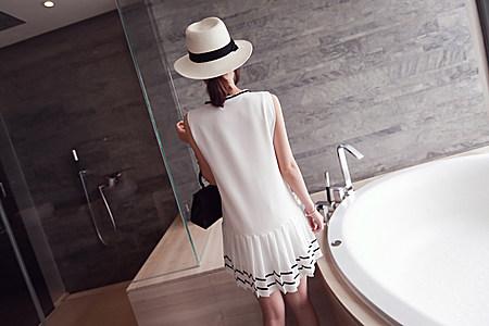 夏季新款减龄必备 气质下百褶拼色系带连衣裙女