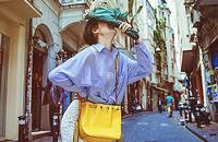 蓝色薄款修身显瘦条纹