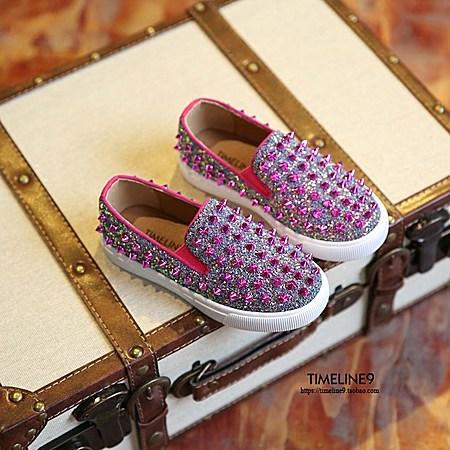 儿童铆钉时尚一脚蹬板鞋