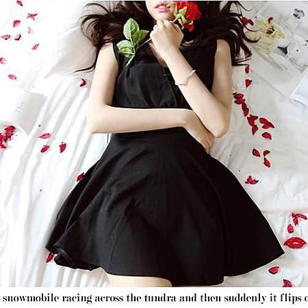 时尚性感低胸修身连衣裙潮