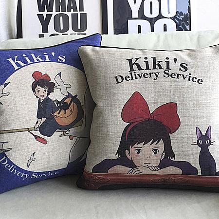 创意卡通可爱日本宫崎骏魔女宅急便黑猫靠枕