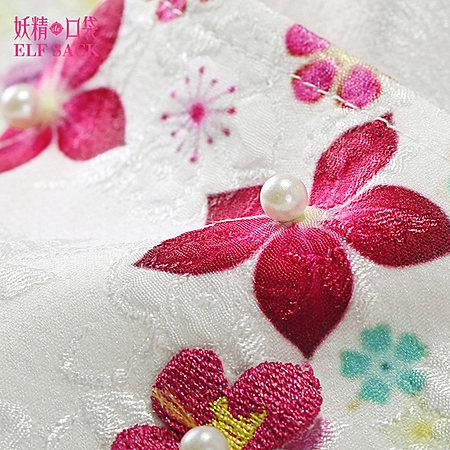 立体花朵甜美宽松圆领T恤
