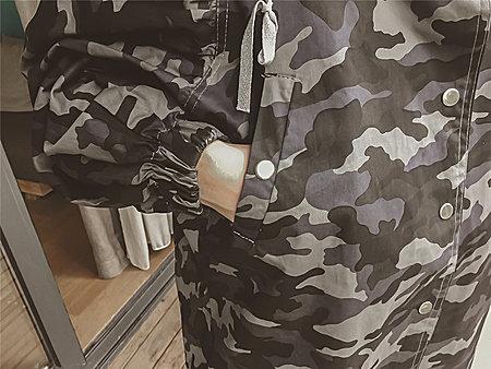 韩版宽松显瘦大版带帽迷彩牛仔风衣外套女