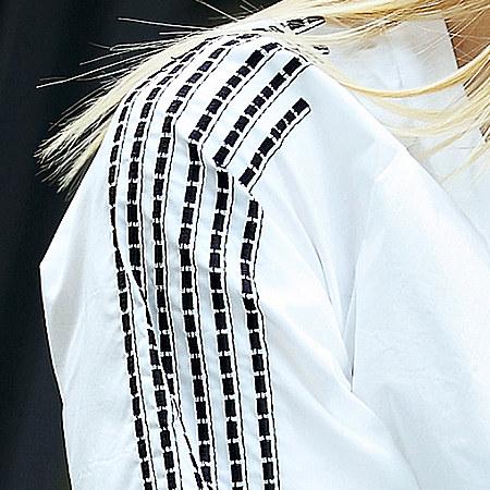 单品盛宴:褶皱绣花棉衬衫