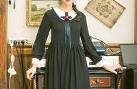 撞色长袖连衣裙