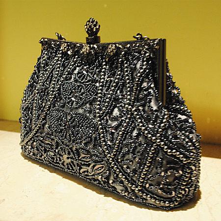 绣品镶钻包搭扣串珠手工珠绣包晚宴手提包