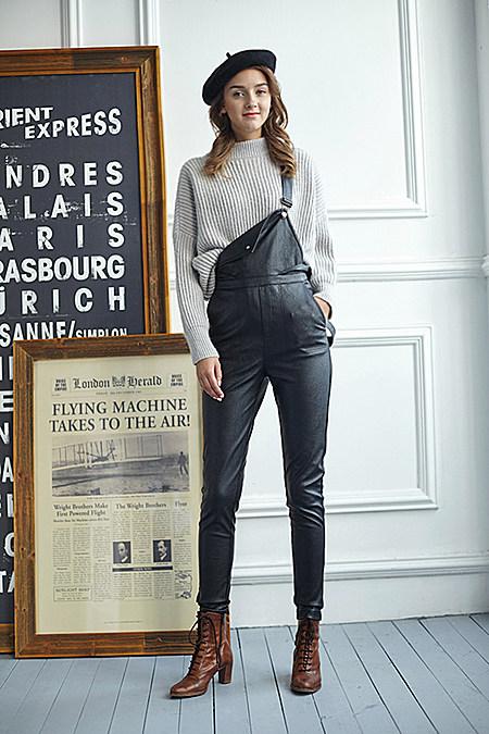 潮女款背带皮裤