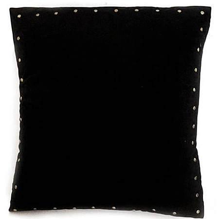 原创纯黑色铆钉朋克摇滚复古抱枕