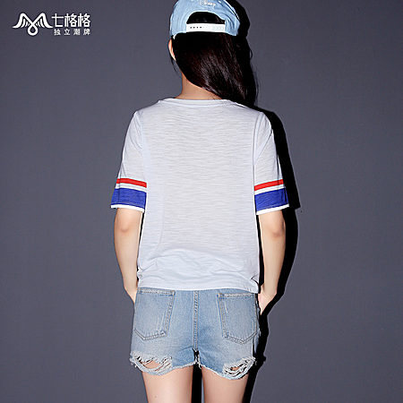 运动风数字图案白色短袖T恤
