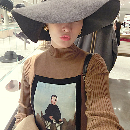 皮格马利翁油画印花毛衣