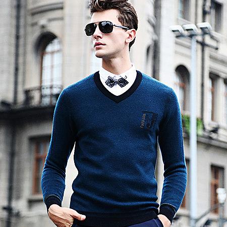 长袖毛线衣