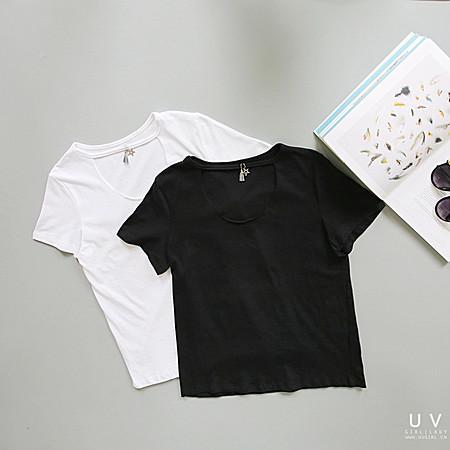 百搭新品,流苏吊坠T恤独特简约风。