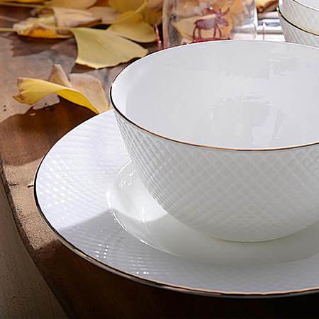 浮雕星点骨瓷汤碗