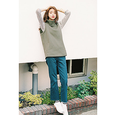 MISSQ秋装 韩版休闲风纯色高领无袖马甲