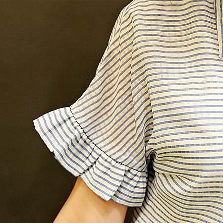女装短袖时尚休闲雪纺衫喇叭袖翻领条纹衬衫女潮