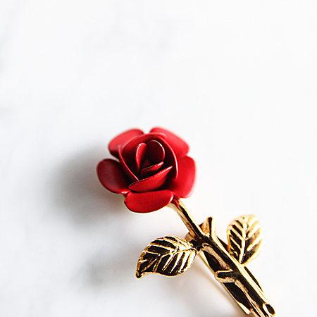 送你一朵小红花 胸针