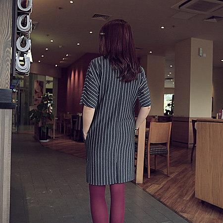 欧美风竖条纹五分袖圆领连衣裙
