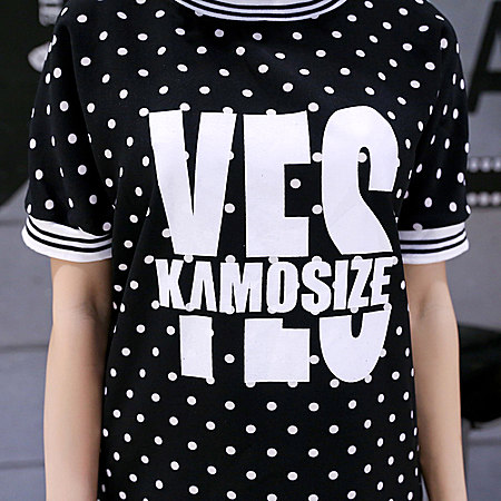 简约字母T恤,时尚减龄单品