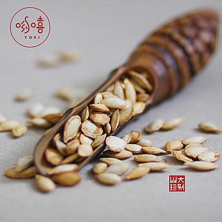 袋装坚果零食特产哟嘻子熟椒盐味南瓜籽150g