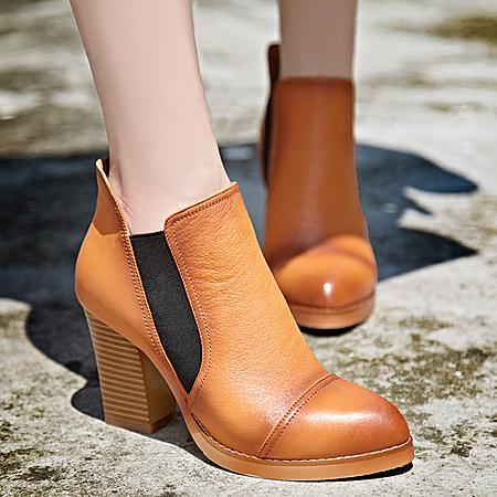 气质舒适粗跟百搭真皮短靴