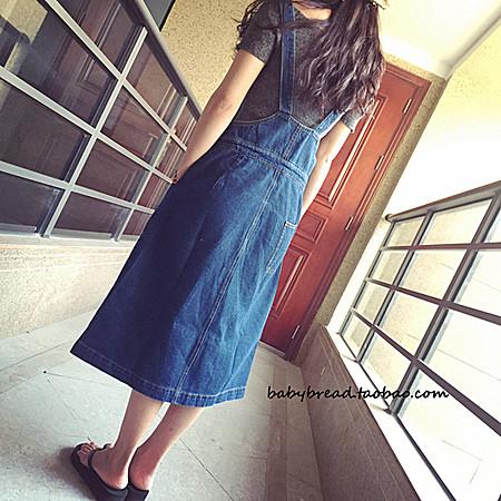 YOYO推荐单品:竖排扣牛仔背带裙学院风显瘦长款