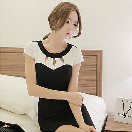 装新款韩版修身大码镂空拼接短袖连衣裙