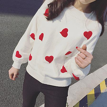 甜美百搭爱心刺绣灯笼袖套头针织短款毛衣