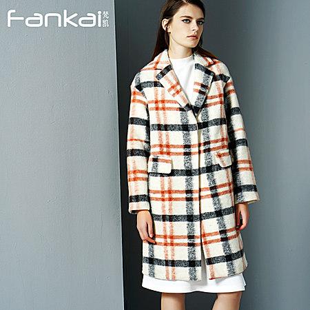 简约中长款格子羊绒大衣