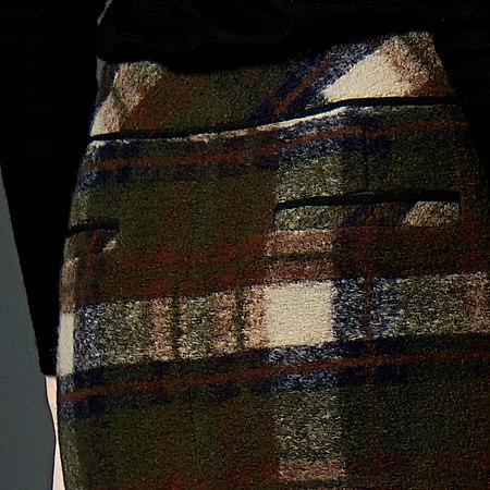 修身羊毛呢格子半身裙