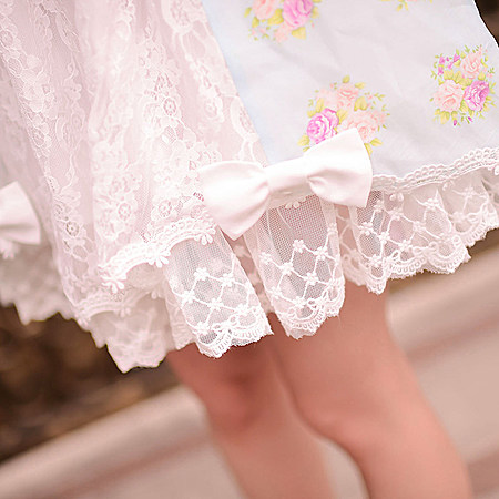 女装日系甜美蝴蝶结露肩蕾丝碎花雪纺连衣裙女