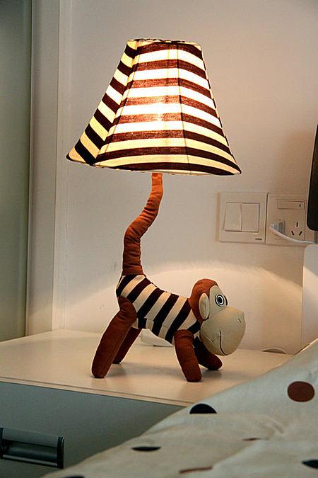 卡通公仔儿童台灯卧室床头灯 可爱温馨创意礼物