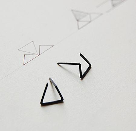 法国设计师Fernanda 三角形中性耳钉