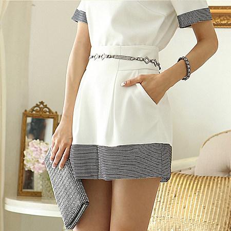 宽松短袖圆领休闲上衣短裙两件套